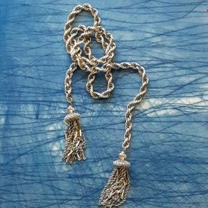Vintage 1970s chain tassle necklace